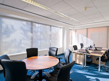 Meeting point in Imperial Place, Elstree-Borehamwood,presented by Regus UK