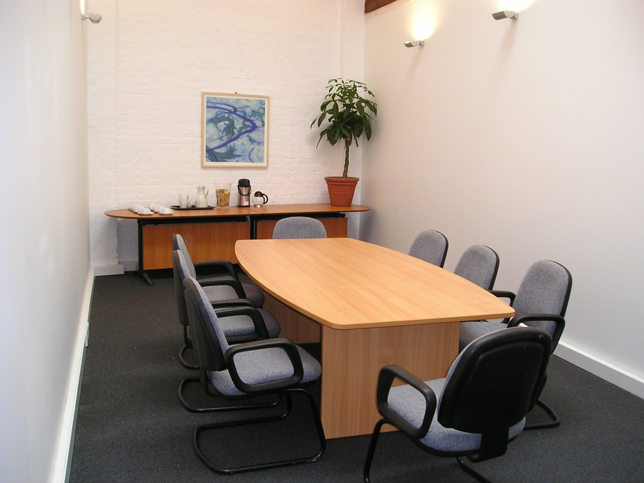 Meeting Room at Camberwell Business Centre, 99-103 Lomond Grove, Camberwell, London SE5 - Bizspace