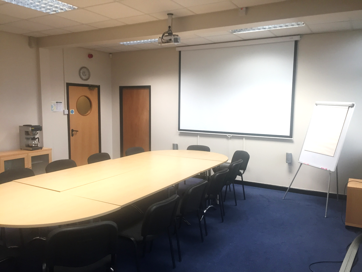 Large Meeting Room for up to 16 people