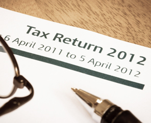 Thousands of Britons Hit By Tax Fine Error by HMRC